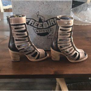 Freebird LOTUS gladiator sandal